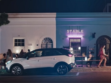 Opel Crossland X TV Commercial
