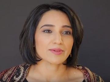 AT&T Commercial - Sara Farooqi