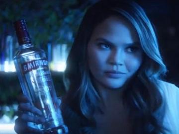 Smirnoff Commercial - Chrissy Teigen