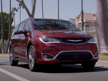 Chrysler Pacifica Commercial