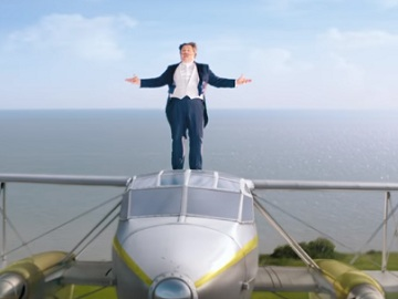Gocompare.com TV Advert: Plane