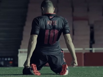 PUMA Football Arsenal Commercial
