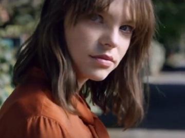 Girl in Burt's Bees Commercial
