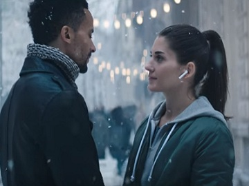 Apple iPhone X Christmas Commercial - Couple Dancing