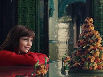 Little Girl in ASDA Christmas Advert