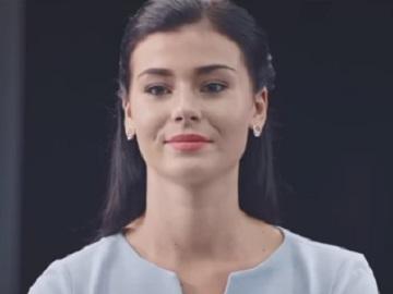 Woman in ASUS ZenBook 3 Deluxe Commercial
