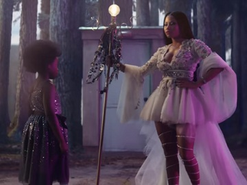 H&M Christmas Commercial - Nicki Minaj