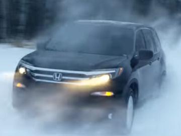 Honda Pilot LX AWD Commercial