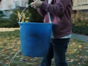 RetailMeNot Commercial - Hole in the Bucket