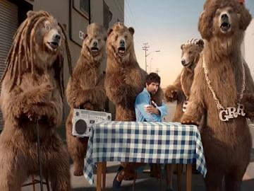 Muller Singing Bears Advert