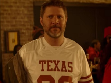 Texas Longhorns Supporter - Buffalo Wild Wings Commercial