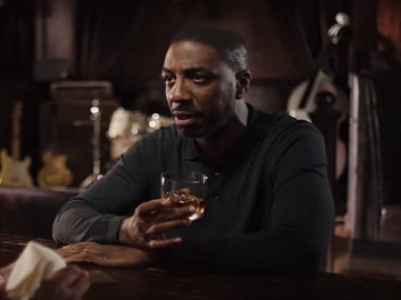 JB Smoove in Crown Royal Vanilla Whisky Commercial