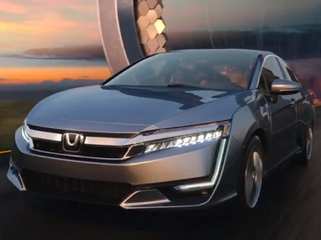 2018 Honda Clarity Plug-in Hybrid Commercial