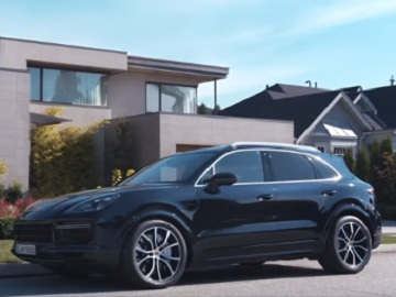 Porsche Cayenne Commercial