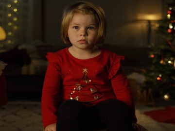 Little Girl in Volkswagen Christmas Commercial: