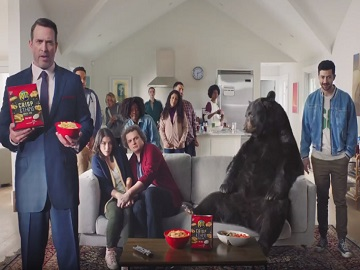 RITZ Crisp & Thins Bear Commercial