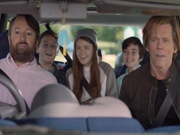 EE Monkeys Commercial