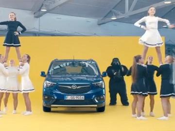 Opel Combo Gorilla Commercial