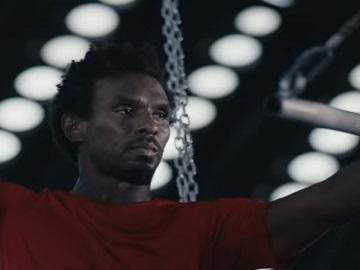 888casino TV Advert - Trapeze Artist