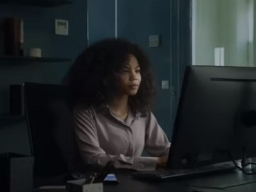 Samsung Galaxy Note9 Commercial - Curly Actress