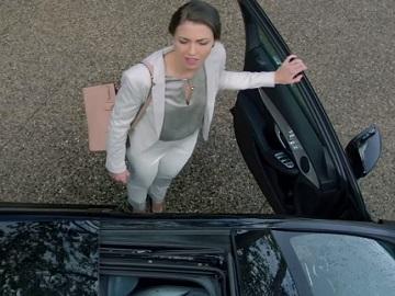 Mercedes me Commercial Girl