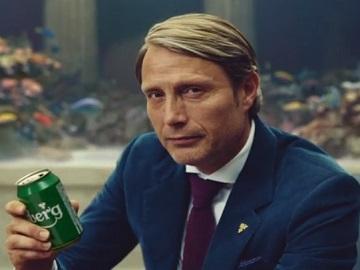 Carlsberg Snap Pack Commercial - Mads Mikkelsen