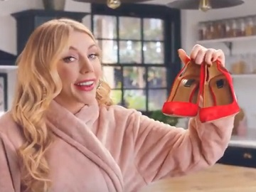 eBay TV Advert - Blonde Actress Katherine Ryan