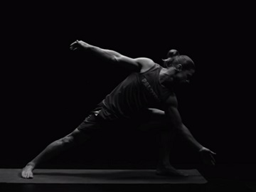 Peloton Commercial - Yoga Instructor Denis Morton