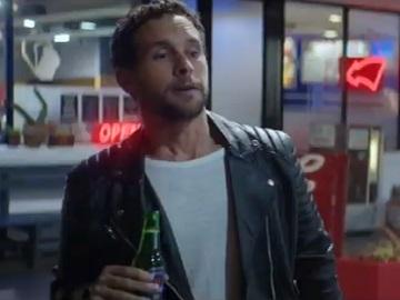 Heineken 0.0 Guy in Gas Station Commercial