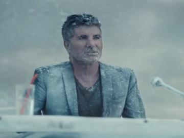 Barclaycard TV Advert - Simon Cowel in Antarctica