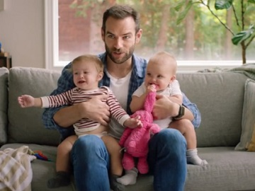 Experian Commercial - Dad with two Babies