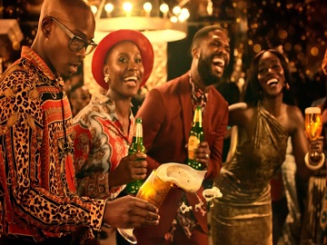 Guinness Gold Beer Commercial Song - Friends in Bar