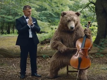 Citroen C5 Aircross Advert - Nigel Owens & Bear