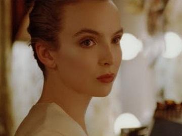 LOEWE Advert - Jodie Comer in Dressing Room Pronouncing Loewe