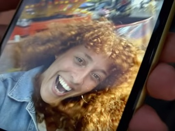 iPhone 11 Commercial Girl