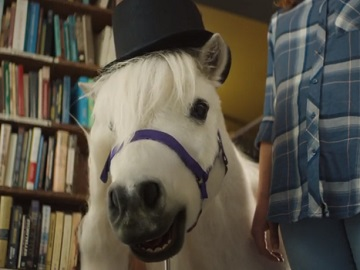 Santander Mobile App Singing Pony Commercial