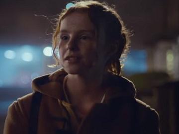 BT TV Advert - Red-Haired Girl