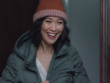 AT&T Gifts Snow Blower Commercial Actress