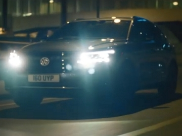 Volkswagen Touareg Black Edition Commercial