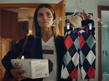 Dr Pepper Fansville Commercial Actress - Lucky Pants