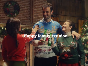 Heineken Christmas Commercial - Feat. Family Reunions