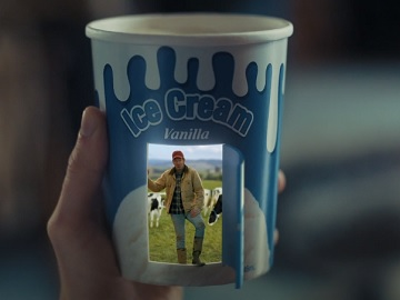 Blue Cow Ice Cream Commercial - Dairy Farmers of Canada