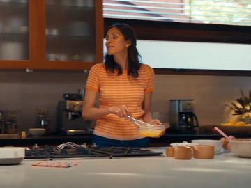 Chase Bank Kitchen Commercial Actress