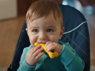 Culturelle Toddler Chewing Dog Toy Commercial
