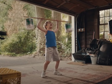 E*TRADE Boy Working Out Karate Kid Commercial - You're The Best