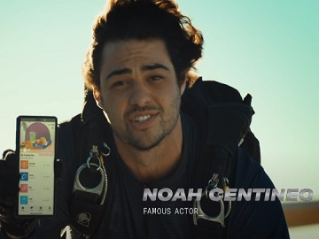 Taco Bell $5 Cravings Box Actor Noah Centineo Commercial
