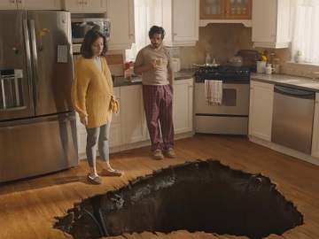 COFFEE-MATE Sinkhole Commercial
