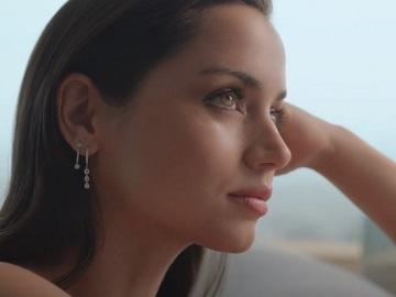 Estee Lauder Beautiful Magnolia Fragrance Ana de Armas Commercial