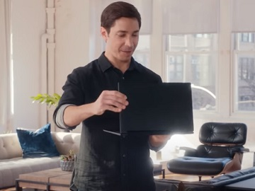 Intel Lenovo 9i 2-in-1 Laptop Actor Justin Long Commercial