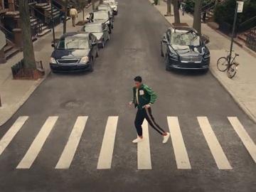 Lincoln Nautilus Jon Batiste Dancing on Crosswalk Commercial